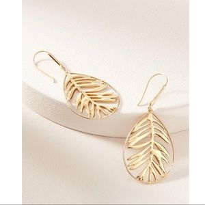 Stella & Dot NEW w/BOX Filigree Earrings-Botanical